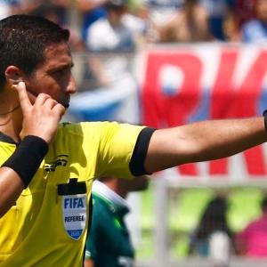 Revisa los árbitros de los duelos de la Franja por Copa Chile y Campeonato Femenino